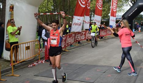 Sancho Ayala i Rosamari Carulla guanyen la Cursa de la Franja