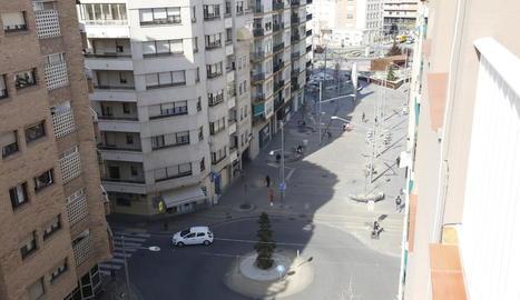 Vista del tram per a vianants del carrer Bisbe Ruano, amb la plaça Ricard Viñes al fons.