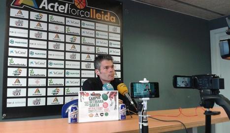 Borja Comenge, durant la roda de premsa d'ahir.