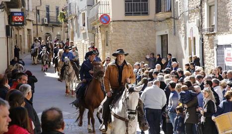 La Fira de l'Albi va incorporar per primera vegada la celebració dels Tres Tombs, amb carros i desenes de genets.