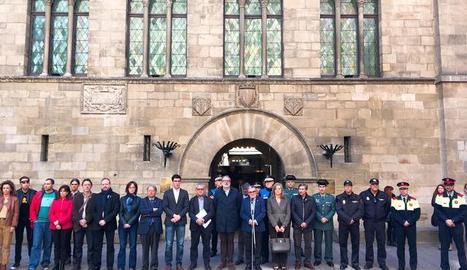 Minut de silenci a Lleida en solidaritat amb Rússia.