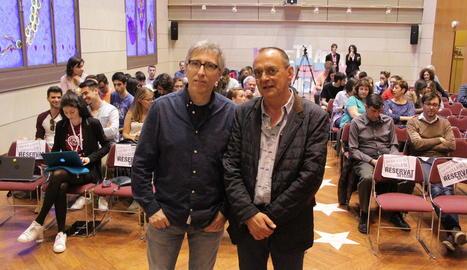 David Trueba i el professor Miquel Pueyo, ahir a la UdL.