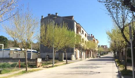 El carrer Pere Màrtir Colomés, al centre urbà.