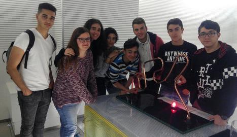 Alumnes de l'institut Torre Vicens de Lleida que van participar en aquest seminari.