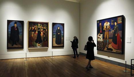 La sala del Museu del Prado de Madrid amb les quatre grans teles de Miquel Viladrich cedides per la Hispanic Society of America.