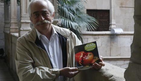 Francesc Pané va presentar ahir a l'IEI el seu nou llibre de memòries.