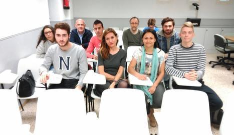 A la imatge, els set aspirants lleidatans que es van presentar a l'examen de jutge.