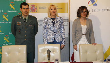 José Antonio Ángel, Inma Manso i Meritxell Calvet, ahir, a la presentació del balanç.