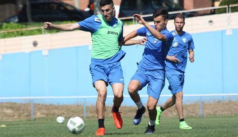 Un moment de l'entrenament d'ahir del Lleida Esportiu.