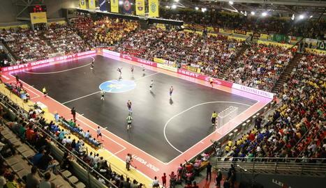 Lleida ja va acollir la Final Four de futbol sala el 2012.