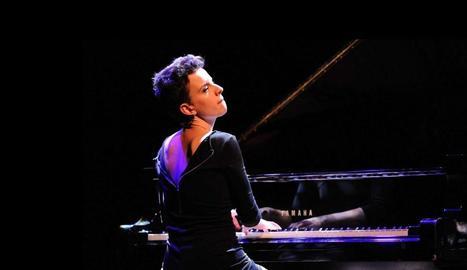 La compositora i pianista Clara Peya en un dels concerts.