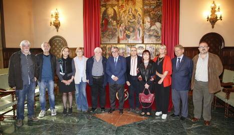 L'alcalde i representants d'institucions i entitats van presentar els actes de Sant Jordi a Lleida.