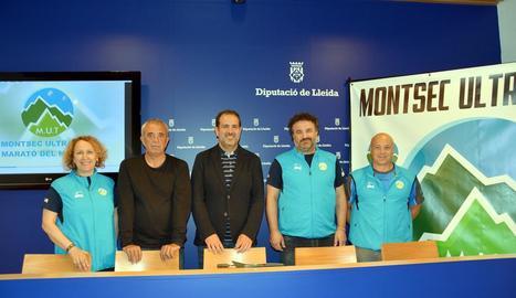 Leo Cunillera, Lluís Ardiaca, Eloi Bergós, Dani Delgado i Natxo Camins, ahir a la presentació.