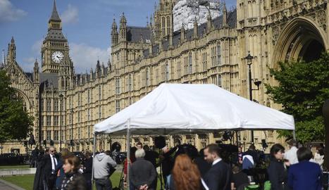 Imatge de l'exterior del Parlament britànic, ahir, que va aprovar l'avançament electoral.