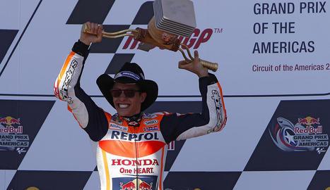 Marc Màrquez celebra la victòria a Austin, la primera de la temporada.
