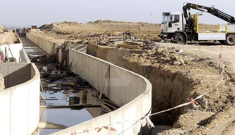 Imatge d'arxiu de les obres del canal Algerri-Balaguer.