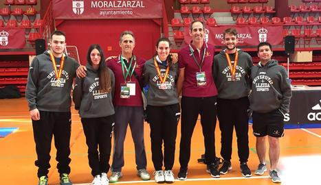 Els membres de l'equip universitari de taekwondo de la UdL.