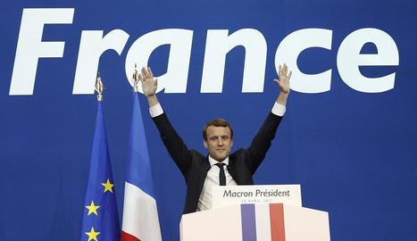 Macron va obtenir ahir l'incòmode suport de l'actual president de la República, François Hollande.