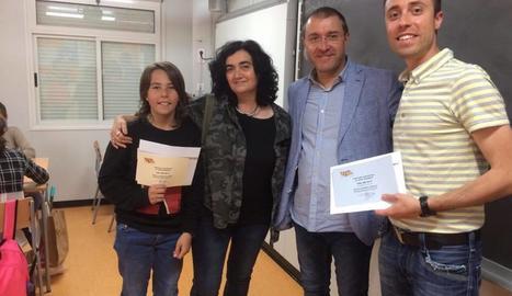 L'entrega del premi de 50 'molleuros' al col·legi Les Arrels.