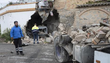Una imatge de l'accident al nucli de La Curullada.