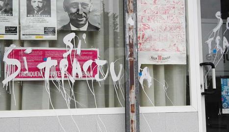ERC denuncia pintades a la seua seu de les Borges Blanques