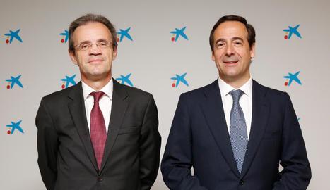 El president de CaixaBank, Jordi Gual, i el conseller delegat, Gonzalo Gortázar.