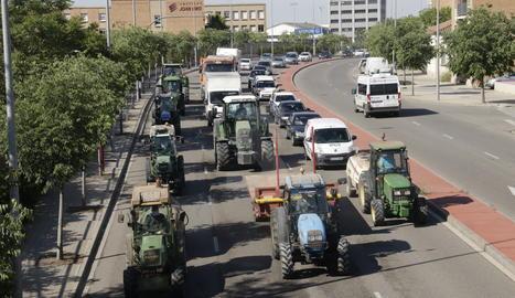 Un moment de la tractorada a Lleida