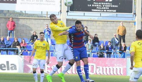 El Lleida guanya i s'aferra al play off
