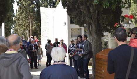 Les Borges honra els morts de la Guerra Civil a la fossa comuna