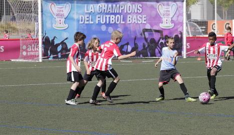 El Reus Deportiu, un dels campions de grup de benjamins, va golejar l'Atlètic Segre C a Cappont.