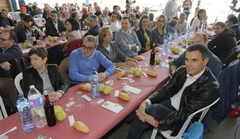 Sánchez va participar en un dinar amb militants a la partida de Butsènit.