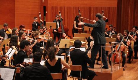 Una actuació de la Jove Orquestra de Ponent a l'Auditori Municipal Enric Granados de Lleida.