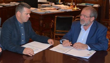 Sergio González, ahir amb Joan Reñé, president de la Diputació.