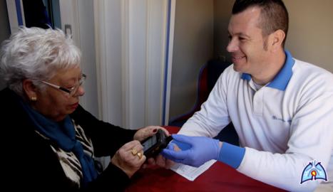 L'aplicació permet fer un seguiment de la patologia.