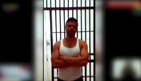 Imatge del vídeo enviat com a prova de vida de l'opositor.