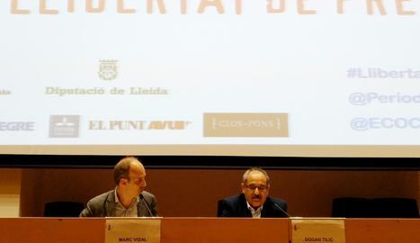 Un moment de la conferència ahir de Dogan Tiliç a la UdL.