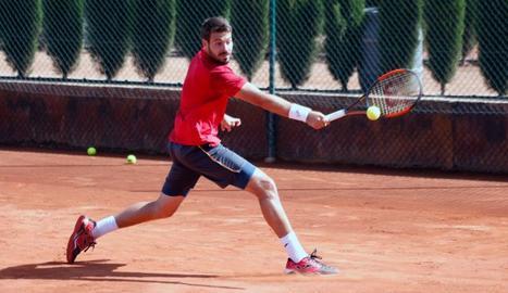 El germà de Marcel Granollers, Gerard, lluitarà avui pel títol a les pistes del CT Lleida.