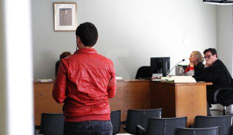 L'auxiliar d'infermeria, dilluns al jutjat de Lleida.
