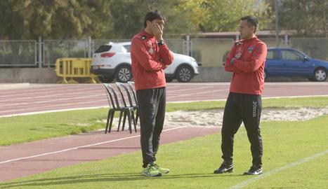 Melgarejo, a la dreta, amb Siviero abans del partit a Gavà.