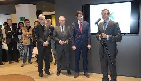 L'acte d'inauguració de la nova oficina de CaixaBank a La Seu d'Urgell
