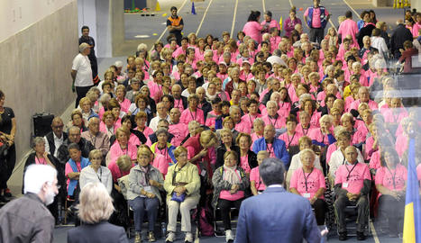 Els 250 participants ahir a la jornada esportiva per a la tercera edat celebrada a Ordino.