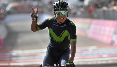 Nairo Quintana celebra la victòria en l'etapa del Giro.