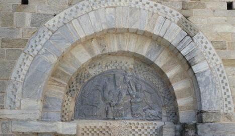Timpà de l'església de la Mare de Déu de la Purificació