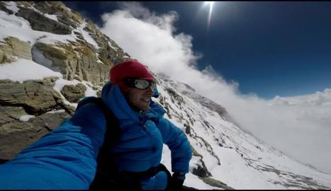Kilian Jornet va fer aquesta fotografia en ple ascens a l'Everest.