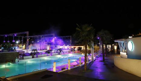 La discoteca, ubicada al polígon Neoparc, ha obert les portes aquesta mitjanit.
