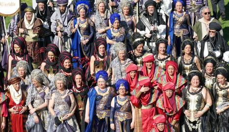 La desfilada de Moros i Cristians a Lleida.