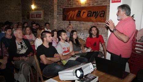 Nou joves impulsen un projecte pioner de masoveria urbana