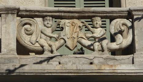 Balcó d'una casa a Esterri d'Àneu, al Pallars Sobirà.