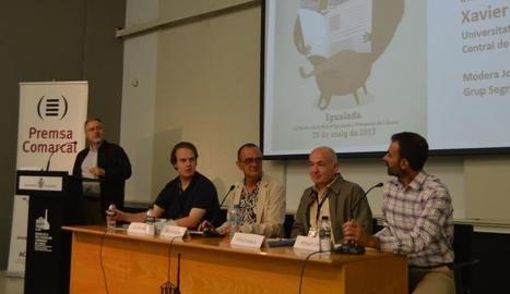 La taula 'Universitat i Premsa Comarcal' va ser moderada pel director executiu de SEGRE, Juan Cal.