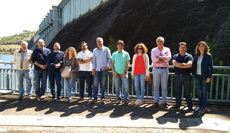 Els representants del consorci durant la visita.